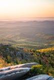 Soluppgång på grova Ridge Overlook 2 arkivfoton