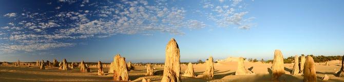Soluppgång på höjdpunktöknen Nambung nationalpark cervantes Västra Australien australasian Royaltyfria Foton