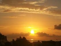 Soluppgång på Lipari royaltyfria foton