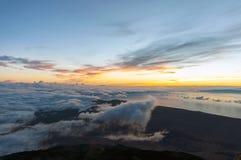 Soluppgång på maximumet av vulkan Teide tenerife Royaltyfri Foto