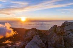 Soluppgång på maximumet av vulkan Teide tenerife Arkivbilder