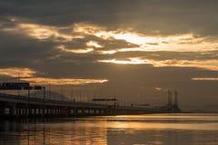 Soluppgång på Penang broar Fotografering för Bildbyråer