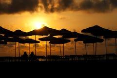 Soluppgång på sjösidan Royaltyfria Bilder
