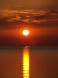 Soluppgång på Skala Potamia Thassos ö Grekland Arkivbild