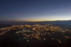 Soluppgång på stadsberget royaltyfri fotografi