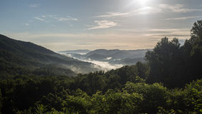 Soluppgång på stora Smokey Mountains National Park Fotografering för Bildbyråer