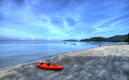 Soluppgång på strand Arkivbilder