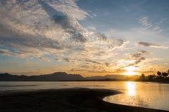 Soluppgång på Vita Levu Island Arkivfoton