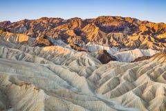 Soluppgång på Zabriskie punkt i den Death Valley nationalparken, Kalifornien, USA Arkivfoto