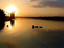 Soluppgång Sydney Olympic Rowing Venue, Penrith, New South Wales royaltyfri fotografi