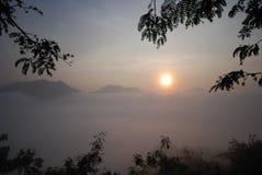 Soluppgången fotografering för bildbyråer