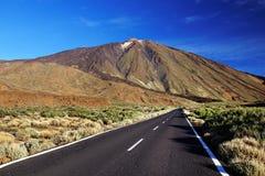 Soluppgångljus över den Teide nationalparken Fotografering för Bildbyråer