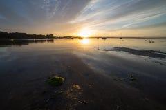 Soluppgång på havet Arkivfoto