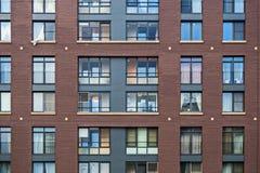 Solutions de façade de nouveaux bâtiments résidentiels images libres de droits