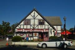 Solvang餐馆:有它历史的丹麦的典型的Contructions的丹麦人建立的一个美丽如画的村庄 免版税图库摄影
