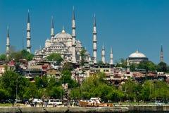 som blåa den sedda istanbul moskén sida tr Arkivfoton