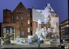 ` Som bygger stads`en, en stad av skapelsen för Philadelphia den vägg- konstprogram av Michael Webb Royaltyfri Foto
