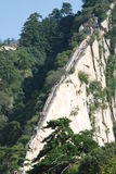 Som draken på de kinesiska Huashan bergen Arkivbild