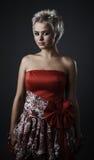 som härlig klädd felik modemodell Royaltyfri Fotografi