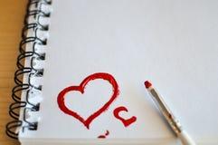 som kan bruk för förälskelse en för hjärtasymbolslogoen rött Målarfärger för konstolja (acryl) inbunden vektor för valentin för d Fotografering för Bildbyråer