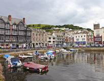 Som skjutas av den Dartmouth församlingen, Devon, England Arkivfoto
