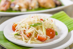 Som Tam Thai. Thai Green Papaya Salad with peanuts Royalty Free Stock Images