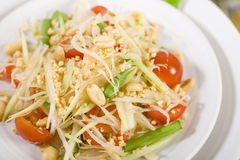 Som Tam Thai. Thai Green Papaya Salad with peanuts Royalty Free Stock Photography