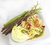 Som tam (Thai papaya salad). Recipe Stock Photo