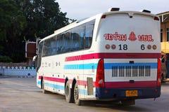 Sombattour. W Tajlandia super długi autobus Fotografia Stock