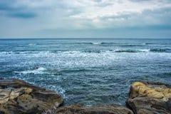 Sombere dag bij de kust van Chiba, Japan Royalty-vrije Stock Fotografie