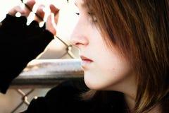 Sombere jonge vrouw Stock Foto