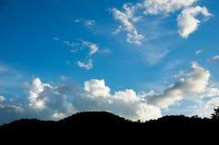 A sombra das montanhas Fotografia de Stock Royalty Free