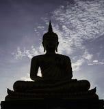 Sombra de Buda por la tarde Imagen de archivo libre de regalías