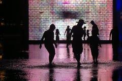 Sombra de jugar de la gente Fotos de archivo libres de regalías