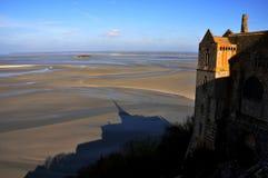 Sombra de Mt San Miguel, Normandía, Francia Fotos de archivo