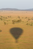 Sombra del globo del aire caliente Fotos de archivo libres de regalías