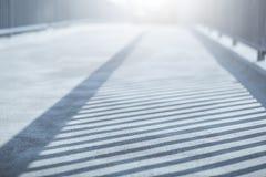 Sombra dos trilhos na ponte Imagem de Stock Royalty Free