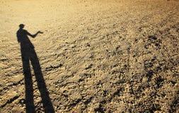 Sombra en el desierto Imagen de archivo libre de regalías