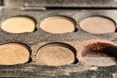 A sombra para os olhos compõe a cor de tom da terra usada Fotos de Stock