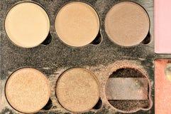 A sombra para os olhos compõe a cor de tom da terra usada Imagem de Stock