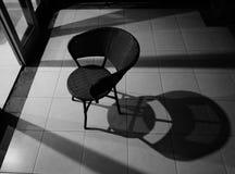 Sombra y silla Fotos de archivo libres de regalías