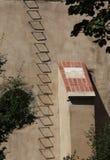 Sombras da escada do degrau do ferro imagens de stock royalty free