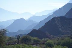 Sombras de la montaña Foto de archivo