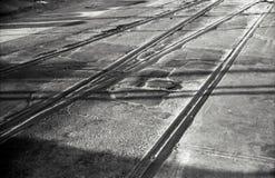 Sombras dos caminhos de ferro da estrada fotos de stock