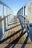 Sombras en el puente imagen de archivo