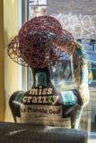Sombrero de acero en un Manequin imágenes de archivo libres de regalías