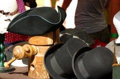 Sombrero de copa, jugador de bolos y sombrero histórico Fotos de archivo