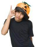 Sombrero de la calabaza del adolescente w Fotos de archivo libres de regalías