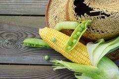Sombrero de los guisantes verdes, del maíz, del trigo y de paja. Imagen de archivo