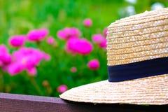 Sombrero de mimbre ligero Fotografía de archivo